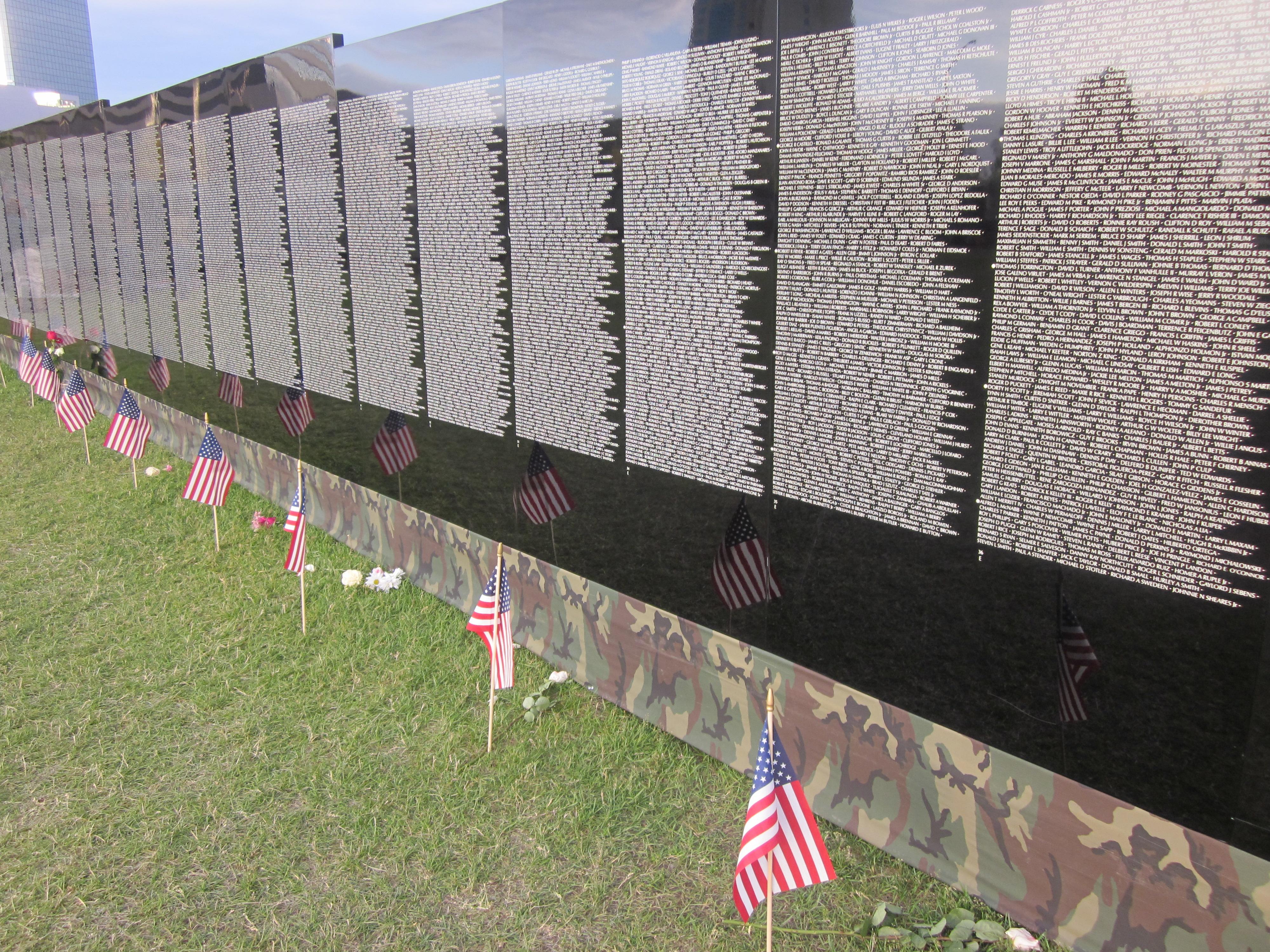 ... Vietnam Memorial Wall In Anchorage Flowers ...