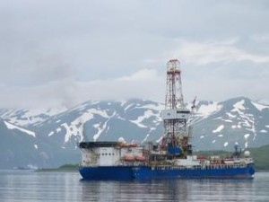 Shell's Noble Discoverer drill rig.