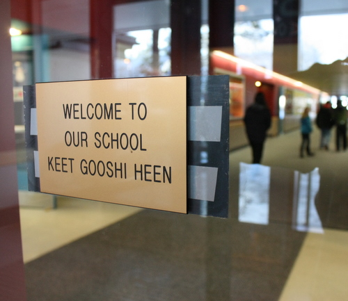 Students and staff walk through the hallway at Keet Gooshi Heen Elementary School on Monday. (Photo by Ed Ronco/KCAW)