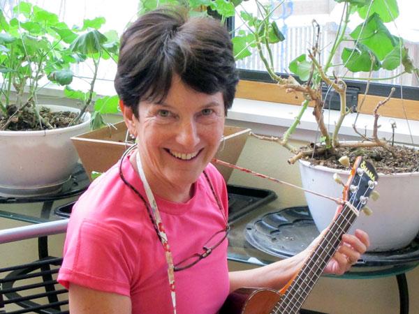 Elaine Andrews. Photo by Ellen Lockyer, KSKA - Anchorage