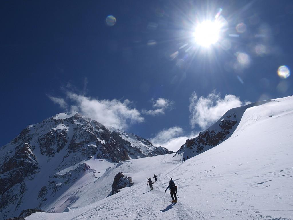 Ascent of the West Buttress Denali. NPS Photo / Menno Boermans.