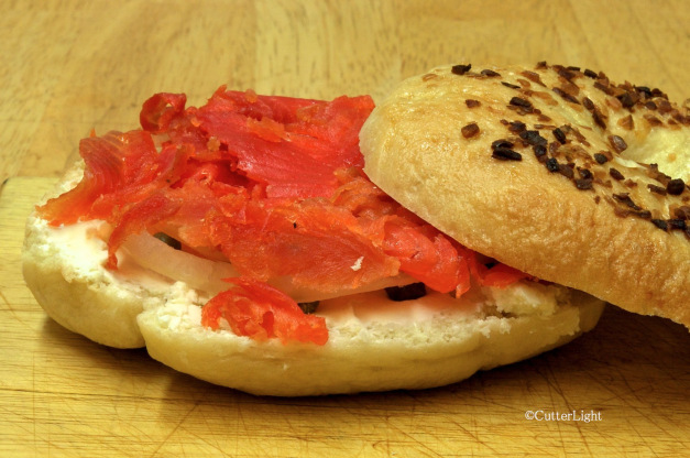 Cutterlight Lox Bagel
