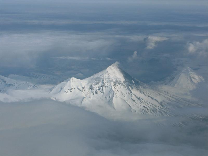 Pilots saw Pavlof Volcano spitting a small amount of ash on May 22, 2013. (Courtesy of Ryan Hazen and Brandon Wilson)