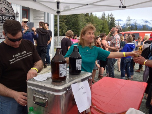 Fairbanks' Silver Gulch Brewery serves its product to Beer Fest attendees in Haines. (Alexandra Gutierrez/APRN)