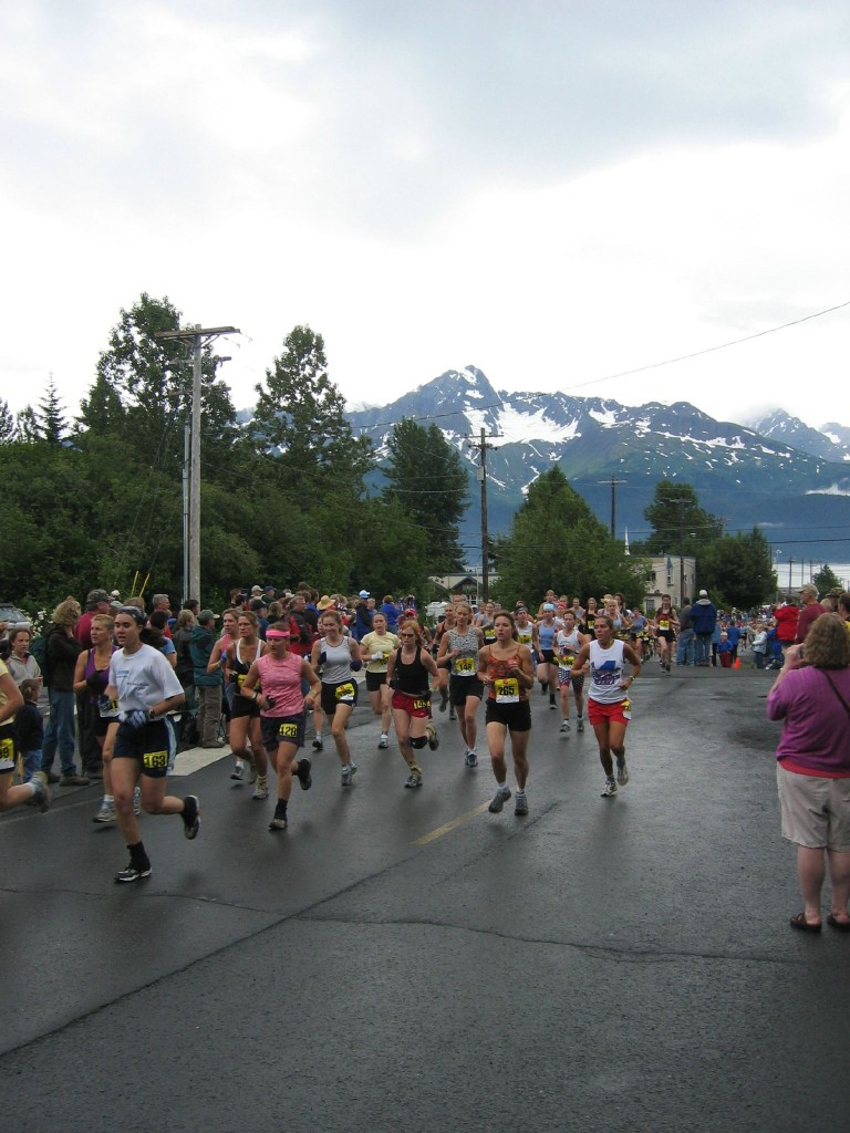 Start of the 2005 race. This file is licensed under the Creative Commons Attribution-Share Alike 2.0 Generic license.