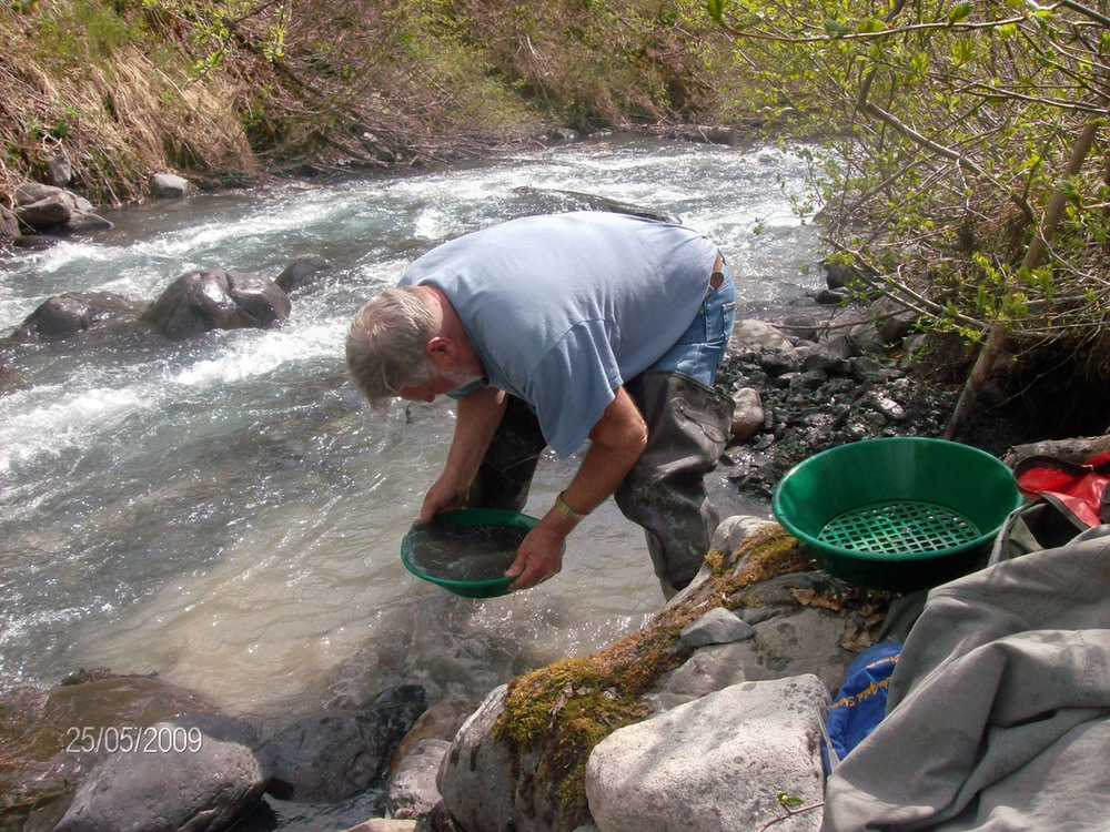 goldpanning