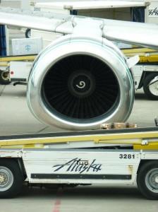 6-10-12-Alaska-Airlines-jet-at-Juneau-Airport-3-e1379916631913