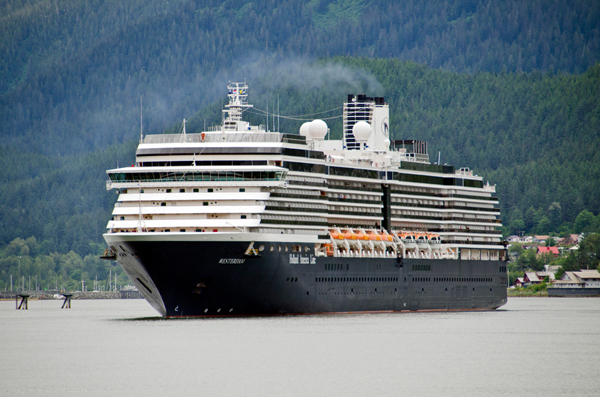 Alaskans weigh in over Carnival Corporation's deal with federal prosecutors