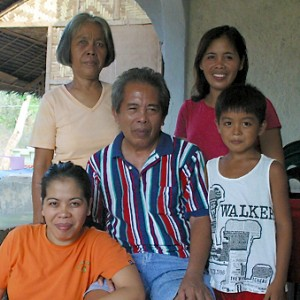 Glenda Swope (bottom left) with her parents, niece and nephew in the Philippines. Photo courtesy of Swope family.