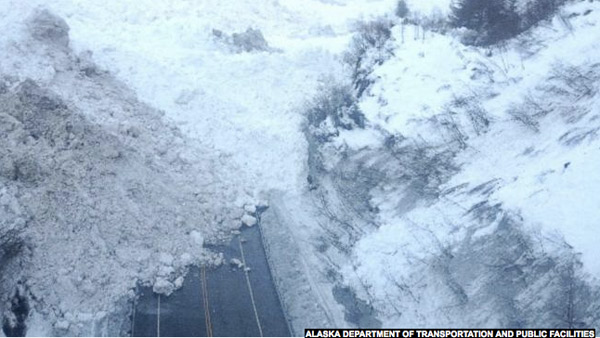 Avalanche closes road to Valdez (AK DOT image)