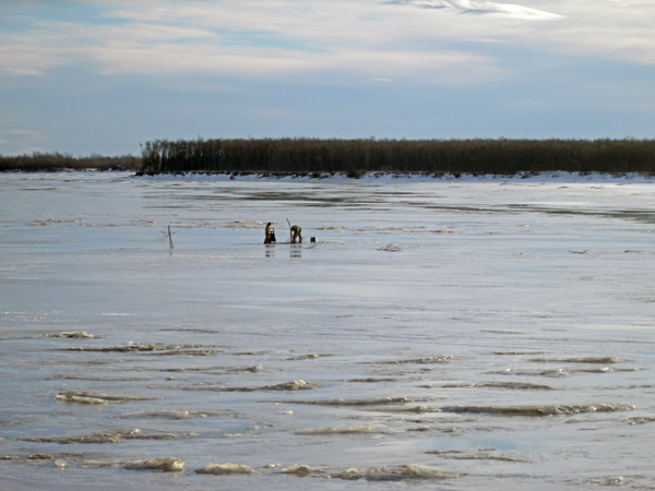 Kuskokwim River at Bethel on January 25, 2014. Photo by Ben Matheson, KYUK - Bethel.