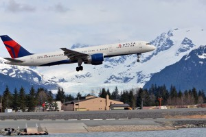 Delta Air Lines performs a test flight into Juneau. (Photo by Doug Wahto)