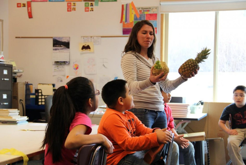 Meredith Pochardt talks local foods with Angoon students.