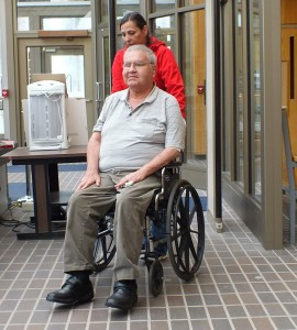 Former Sealaska CEO Bob Loescher arrives at the Dimond Court Building for his arraignment on theft charges on Wed. May 14, 2014. (Photo by Matt Miller/KTOO)