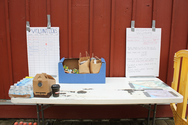 The volunteer search table is located behind the Mt. Roberts Tramway building. Volunteers are needed. The team will meet up Friday, Saturday and Sunday morning at 9 a.m. Volunteers can also contact Luke Holton on Facebook. (Photo by Lisa Phu/KT