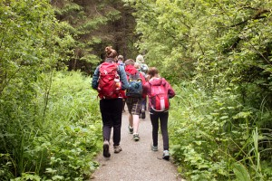 Discovery Southeast campers walk down Auke Lake trail. (Photo by Lisa Phu/KTOO)