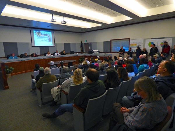 Tuesday's meeting on the city's Ebola preparedness drew a standing room-only crowd to City Hall. (Annie Ropeik/KUCB)