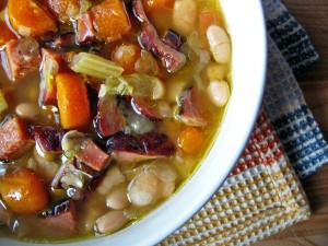 Old-Fashioned Navy Bean & Ham Soup