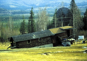 House sinking due to melting permafrost (Credit kml.gina.alaska.edu)