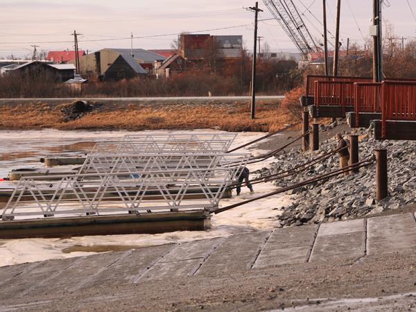 Bethel Bethel Boat Harbor November 13th, 2014. – (Photo by Dean Swope)