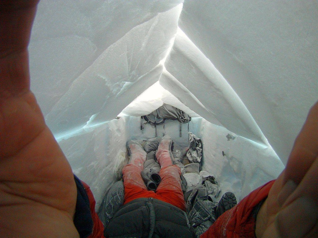 lonniedupre-snowcave