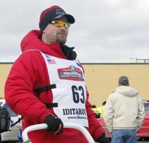 Aaron Burmeister Leads Iditarod Teams Into Huslia