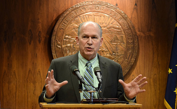 Alaska Gov. Bill Walker speaks to reporters during a press conference Jan. 27, 2015. He was discussing a draft plan released earlier in the day by the U.S. Department of Interior that would block oil development in the Beaufort and Chukchi seas. (Photo by Skip Gray/360 North)