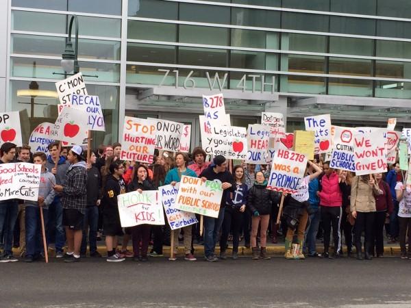 Student protesters asking  the legislature to increase education funding. Hillman/KSKA