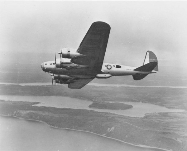 B-17C aircraft displays Royal Air Force colors. Photo: U.S. Air Force.