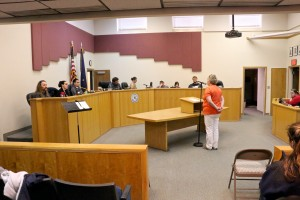 Doreen O'Brien testifies about heroin before the Bethel City Council. Photo by Dean Swope/KYUK