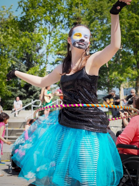 By 1:30pm on Saturday, Town Square Park was in full swing, with music, performers, and an extremely active bubble machine. (Photo: Zachariah Hughes,  KSKA)