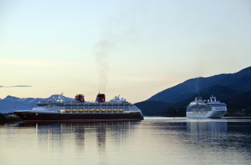 Cruise industry responds to community concerns about environmental impacts