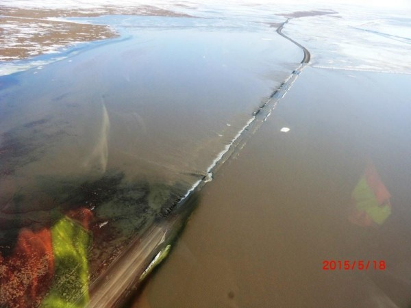 Spring flooding along the Dalton Highway. Credit Alaska Department of Transportation