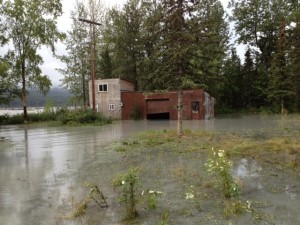 Flooding on the Matanuska River. Photo: Ellen Lockyer/KSKA.