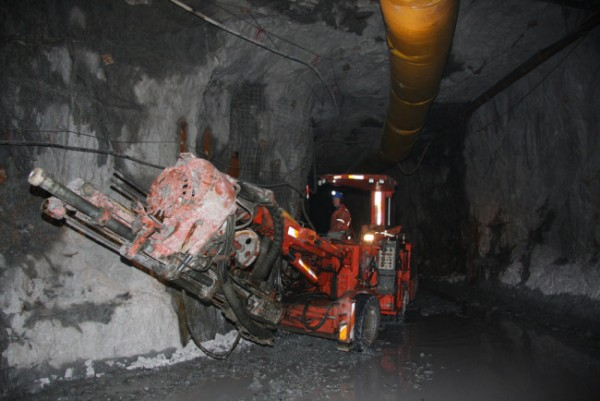 A heavy equipment operator moves a drill into position during exploration in a Brucejack Mine tunnel. (Photo courtesy Pretivm Resources)
