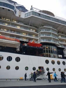 Cruise ship nearly doubles Unalaska's population (for a day)