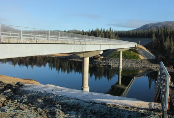 The 440-foot Aleknagik Wood River Bridge connects the south and north shore communities. KDLG NEWS