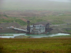 Old dredge at Platinum in 2002. (Photo by Dean Swope, KYUK - Bethel)