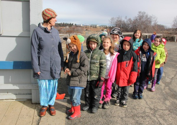 A first grade class lines up outside of Dillingham Elementary School, spring 2015. (Photo by Hannah Colton/KDLG)