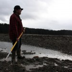 Alan Zuboff comes to these Angoon flats almost every day to dig for cockles. (Photo by Elizabeth Jenkins – KTOO)