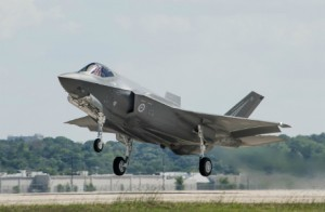 Fainting aside, Air Force says F-35 is OK