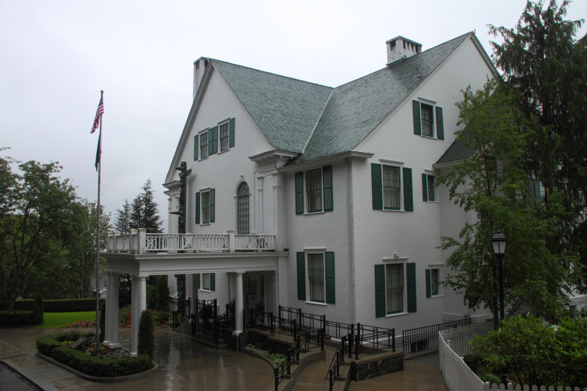 Juneau Pd Intoxicated Driver Rams Governor S Mansion