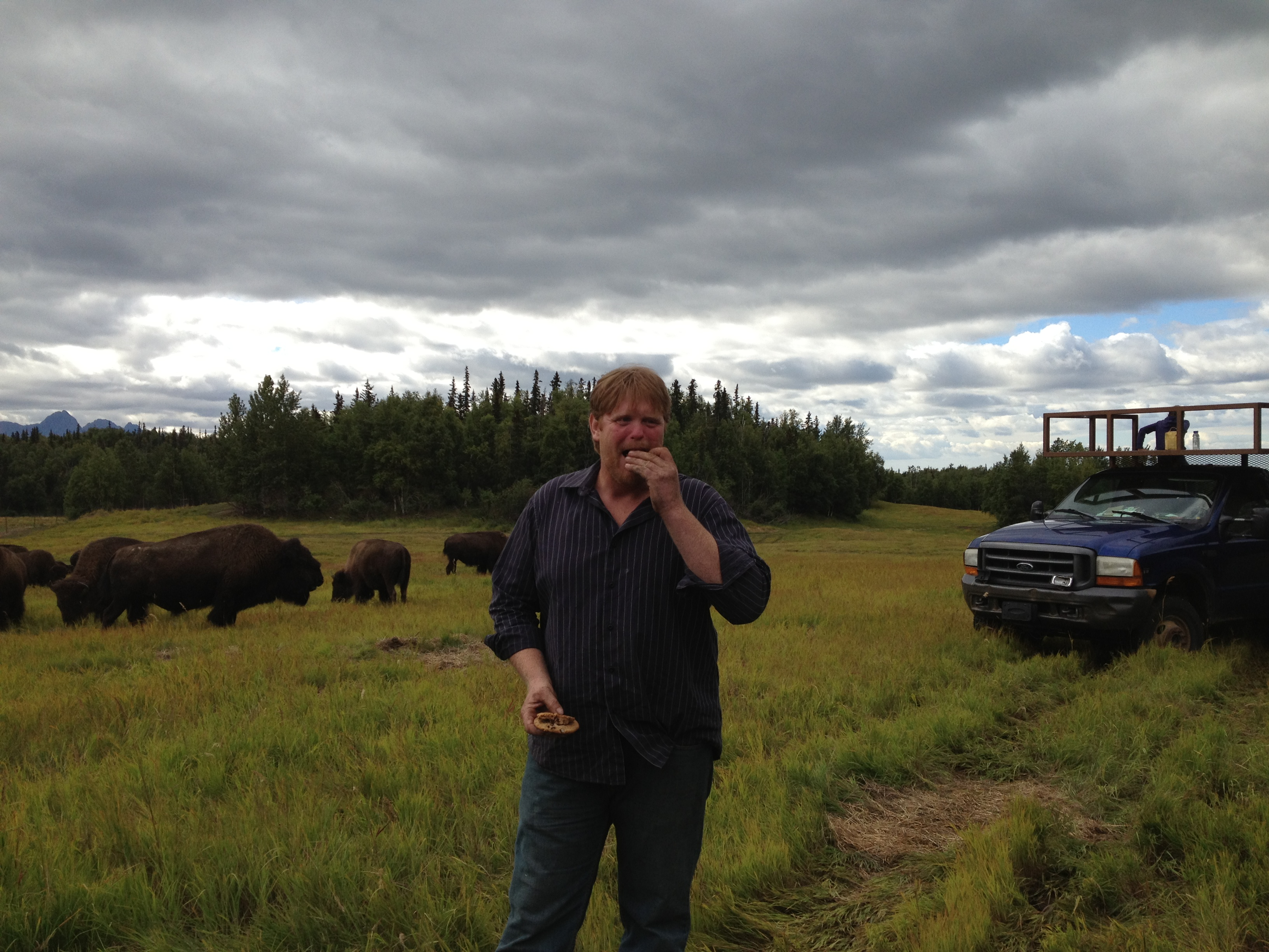Todd Pettit and friends on Little Pitchfork Ranch (Photo by Ellen Lockyer, Alaska Public Media - Anchorage)