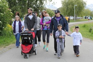 Participants kick off Anchorage's Run/Walk for Epilepsy on Saturday, June 4. (Photo by Graelyn Brashear, Alaska Public Media - Anchorage)