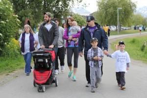 Participants kick off Anchorage's Run/Walk for Epilepsy on Saturday, June 4. (Photo by Graelyn Brashear, Alaska Public Media - Anchorage)