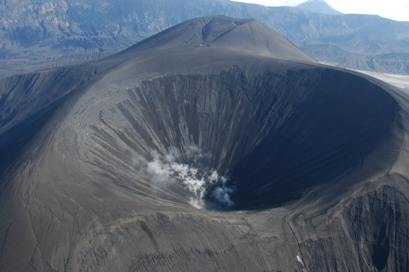 A team of scientists are using a process like a geological CAT scan to map the the inside of Okmok Volcano. (Photo by Alaska Volcano observatory, USGS/Wikimedia Commons)