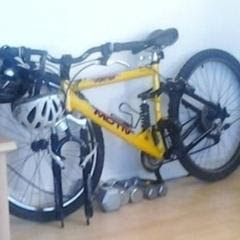 Police believe locating the yellow Motiv bike Thompson was riding may lead to information about his killer. Image via APD.