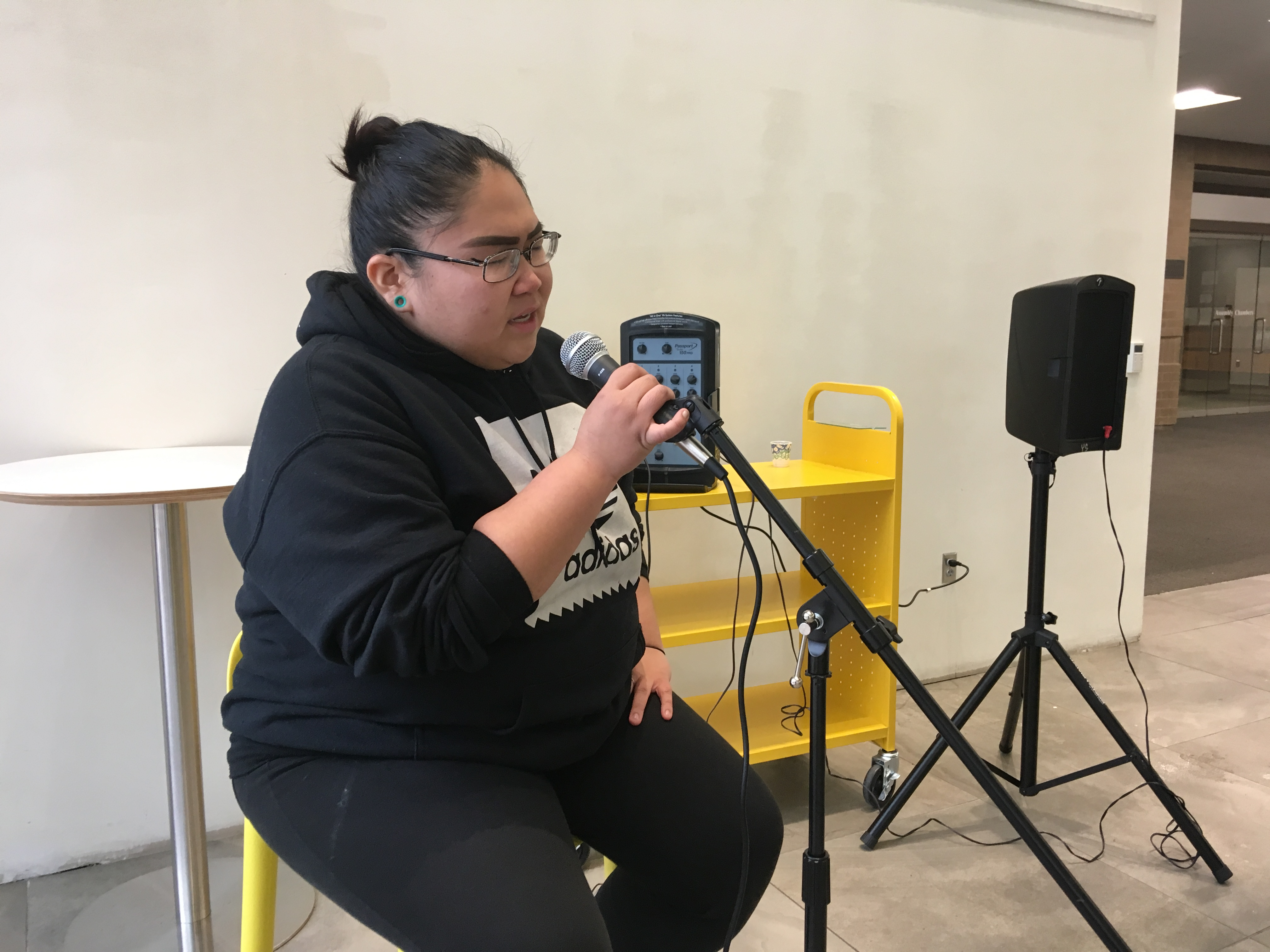 At Anchorage library open mic, teen performers take center stage