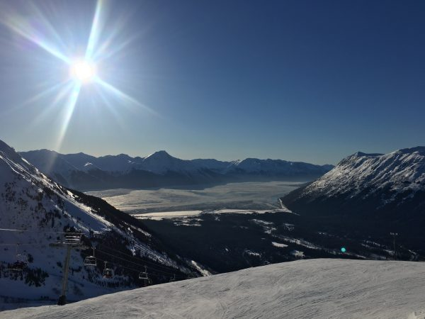 Alaska DNR seeks to eliminate heli-skiing 'monopoly' near Girdwood