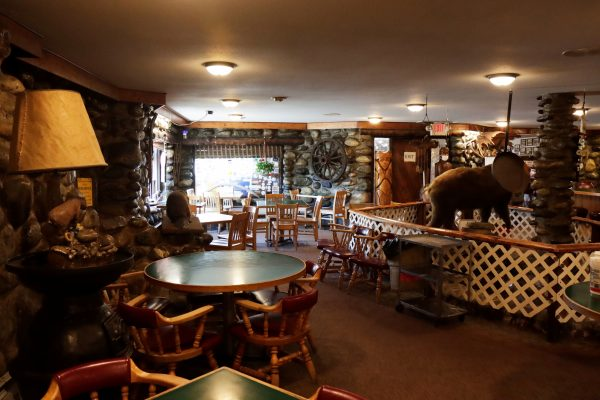 Gwennie's Old Alaska Restaurant is empty on Wednesday, Aug. 5, 2020. The normally busy dining room was shut down on Monday to comply with the city's new order.